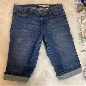 DKNY womens Bermuda denim shorts cuffed hem 14